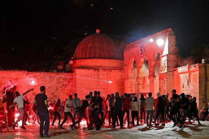 UAE calls on Israel to de-escalate situation in Al-Aqsa and Sheikh Jarrah