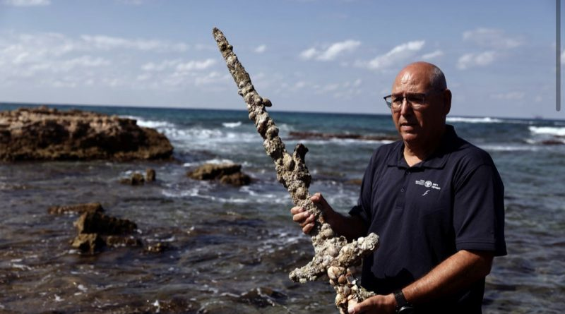 Israeli diver finds 900-year-old Crusader Sword off the sea-coast